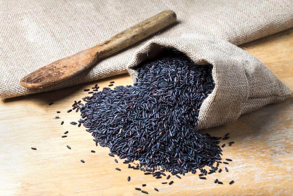 معرفی برنج سیاه یا برنج امپراطور و خواص شگفت انگیز آن