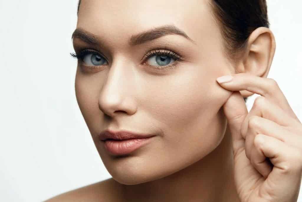 11 روش کاربردی برای محافظت از پوست در برابر آسیب های مختلف