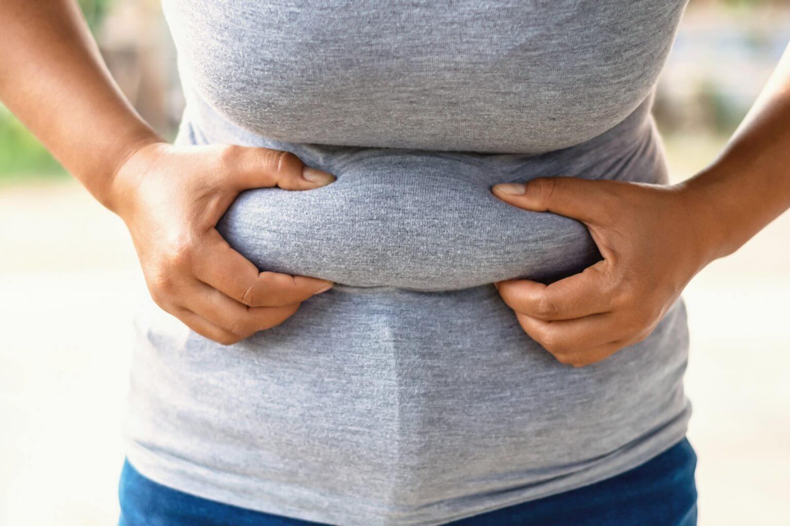 چربی دور شکم و 5 روش ساده برای از دست دادن آن